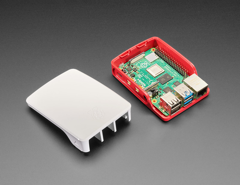 Testy mikrokomputerów Raspberry Pi 4 Model B